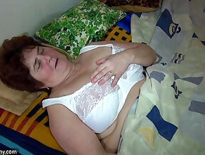 OldNanny Old fat grandma and cute girl use big double ended dildo