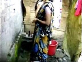 bangla desi girl bathing in dhaka