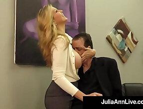 Adult award winner julia ann drains a cock with handjob